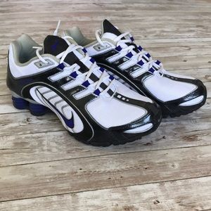 Nike Navina Shox White & Blk Athletic Shoe Size 9